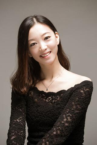 シン・スエ Xue Xing