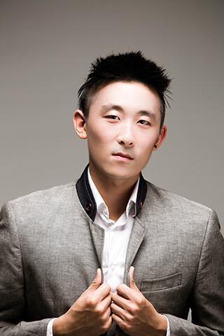 チャン・ロン Long Qian